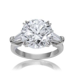 Classic-Harry-Winston-Round-Brilliant-Cut-Ring