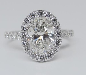 micro-pave-engagement-rings-harry-winston-21